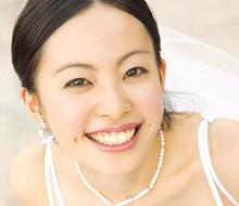 結婚式でプチ矯正をする人が増えてきている!?