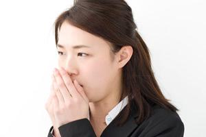 口臭が気になる…と感じたら「歯石除去」してみては?