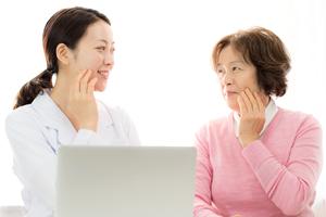インプラント治療はドコで受ける?信頼できる歯科医の探し方